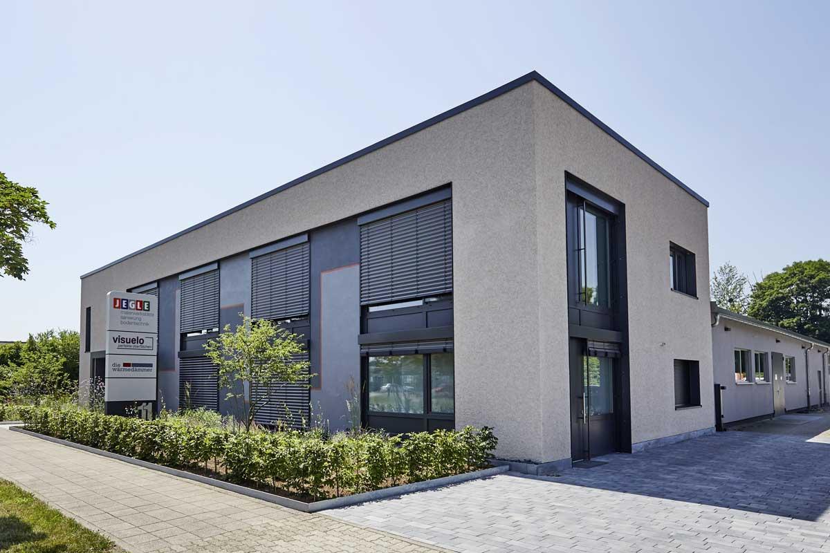 004 Fassade JEGLE Firmengebäude